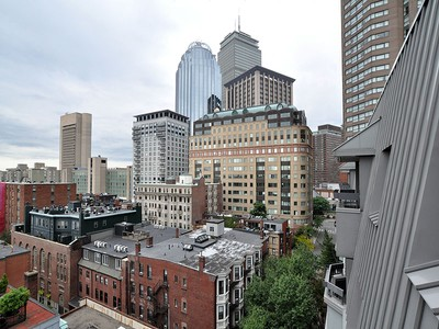 Kooperatif for sales at The Residences of Copley Place 16 Harcourt Street Unit 9E  Boston, Massachusetts 02116 Amerika Birleşik Devletleri