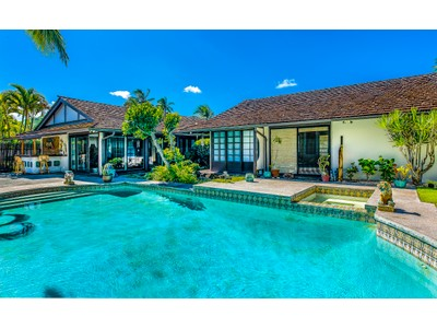 Maison unifamiliale for sales at 139 Kailuana Place  Kailua, Hawaii 96734 États-Unis
