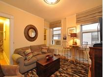 Appartement en copropriété for sales at Ultimate Pied-a-Terre 21 Beacon Street Unit 6N  Beacon Hill, Boston, Massachusetts 02108 États-Unis