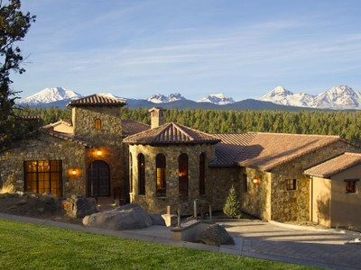Nhà ở một gia đình for sales at 1746 NW Wild Rye Circle  Bend, Oregon 97701 Hoa Kỳ
