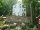Maison unifamiliale for sales at Custom Built Home 67 Cedar Street Danbury, Connecticut 06811 États-Unis