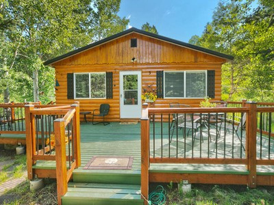 Villa for sales at Sweet cabin set among the Aspens...Impeccably maintained 3 Caribou Oakley, Utah 84055 Stati Uniti