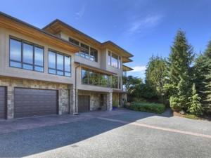 Einfamilienhaus for Verkäufe at Pinnacle House 14877 SE 50th St Bellevue, Washington 98006 Vereinigte Staaten