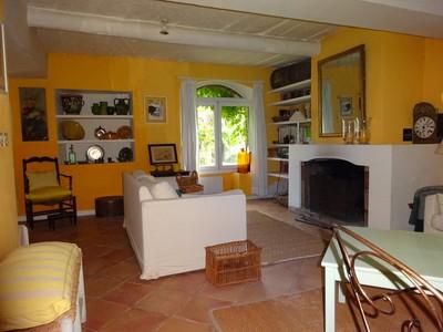 Single Family Home for sales at Un petit privilège. Rare à la vente. Une des maisons du Hameau du Chateau  Fuveau, Provence-Alpes-Cote D'Azur 13710 France