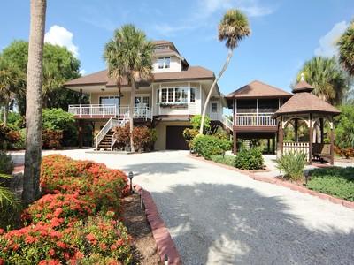 獨棟家庭住宅 for sales at 3511 Gasparilla Road  Boca Grande, 佛羅里達州 33921 美國