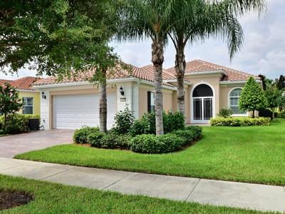 Moradia for sales at Pool Home in Isles at Waterway Village 5195 Eleuthra Cr.  Vero Beach, Florida 32967 Estados Unidos