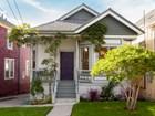Casa Unifamiliar for  sales at Charming Victorian 951 Rose Avenue  Oakland, California 94611 Estados Unidos