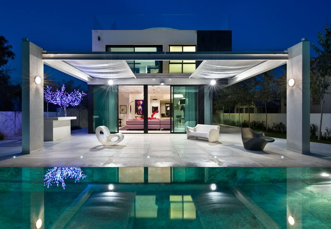 Maison unifamiliale for sales at Ultra-Modern Gated Villa Herzliya Pituach, Israel Israël