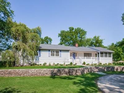 Casa Unifamiliar for sales at Middle Beach West 44 Middle Beach Rd West Madison, Connecticut 06443 Estados Unidos