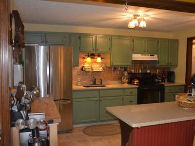 獨棟家庭住宅 for sales at 31 Cobalt Road  East Hampton, 康涅狄格州 06424 美國