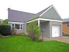 Vivienda unifamiliar for  sales at Updated Home with Hardwood floors 8322 Crawford Avenue   Skokie, Illinois 60076 Estados Unidos