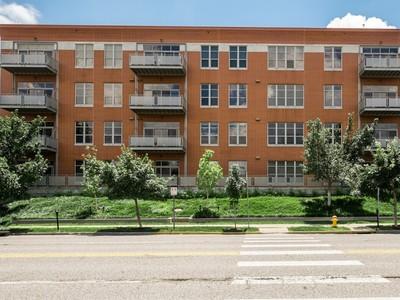 Copropriété for sales at Hi-Pointe Lofts 6340 Clayton Road #202 Richmond Heights, Missouri 63117 États-Unis