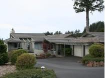 Maison unifamiliale for sales at Magnificent Neakahnie Meadow Home 8720 Braeridge Drive   Manzanita, Oregon 97130 États-Unis