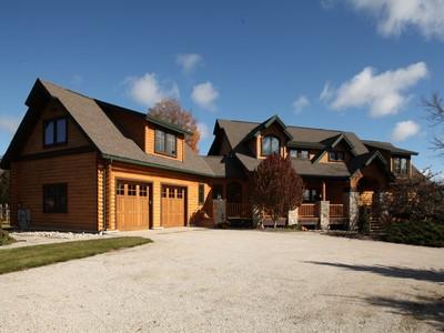 Maison unifamiliale for sales at 3280 Shady Lane  Fish Creek, Wisconsin 54212 États-Unis