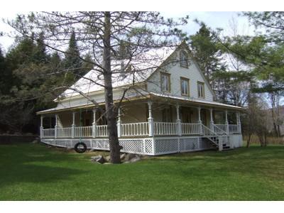 獨棟家庭住宅 for sales at Mont-Tremblant 131 Ch. du Lac-Mercier Mont-Tremblant, 魁北克省 J8E1K5 加拿大