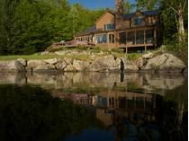 Casa para uma família for sales at Sunrise Drive Contemporary 494 Sunrise Drive   Groton, Vermont 05046 Estados Unidos