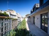 Appartamento for vendita at Attico moderno nel cuore di Milano  Milano,  20121 Italia