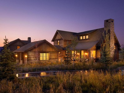 Villa for sales at Luxury Trappers Cabin with a Club Membership and views of Deer Valley and Park C 8260 Western Sky Park City, Utah 84098 Stati Uniti