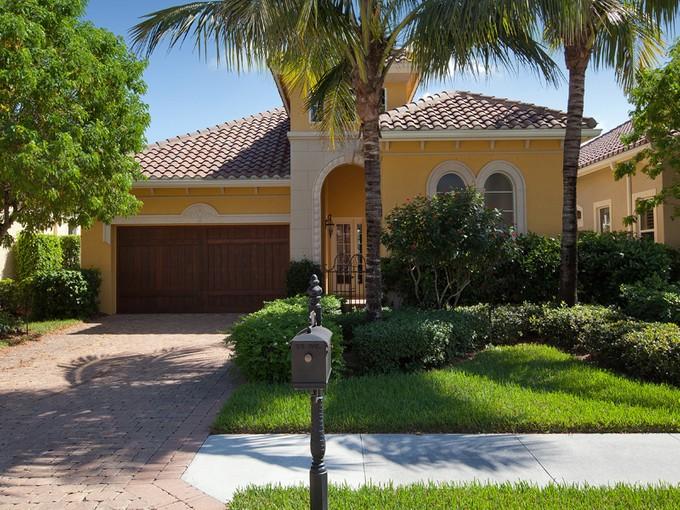 Casa Unifamiliar for sales at FIDDLER'S CREEK - CHERRY OAKS 9048  Cherry Oaks Trl   Naples, Florida 34114 Estados Unidos