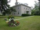 Casa para uma família for  sales at Stone Century Farmhouse 1337 Shellard Road Cambridge, Ontario N1R5S7 Canadá