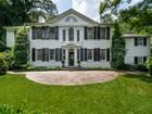 Moradia for sales at Majestically Sited On 2.6 Acres 3665 Tuxedo Road NW Atlanta, Geórgia 30305 Estados Unidos