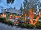 Villa for  sales at Foxview Drive 5805 Fox View Drive Malibu, California 90265 Stati Uniti
