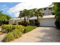 Townhouse for sales at 4214  Sea Grape Dr.    Fort Lauderdale, Florida 33308 United States