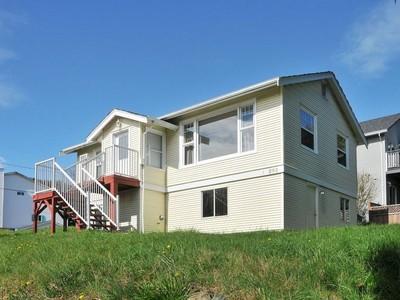 Casa para uma família for sales at 1-890 Admirals Road   Victoria, Columbia Britanica V9A2P3 Canadá