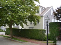 Moradia for sales at Perfect Location - Quiet and Serene! 31 Woodbury Lane   Nantucket, Massachusetts 02554 Estados Unidos