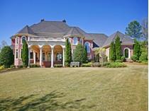 Casa para uma família for sales at Southern Plantation Estate 1005 Leadenhall Street   Alpharetta, Geórgia 30022 Estados Unidos