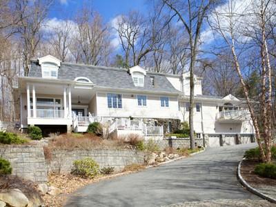 단독 가정 주택 for sales at Mountainside Estate  Saddle River, 뉴저지 07458 미국