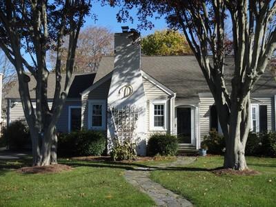 단독 가정 주택 for sales at 70 Victoria Lawn    Stratford, 코네티컷 06615 미국