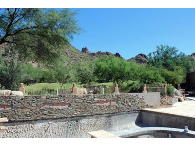 Maison unifamiliale for sales at Spectacular Remodeled Estate Home in Desert Highlands 10040 E Happy Valley Rd #69  Scottsdale, Arizona 85255 États-Unis