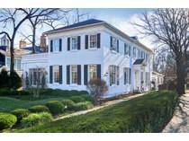 Casa para uma família for sales at 138 E Sixth Street 138 E 6th Street   Hinsdale, Illinois 60521 Estados Unidos