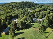 Farm / Ranch / Plantation for sales at The Ridge Farm 234 Hidden Ridge Farm   Woodstock, Vermont 05091 United States