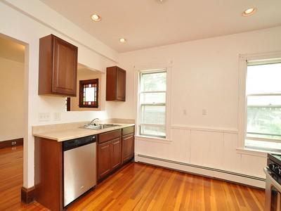 콘도미니엄 for sales at Spacious Sunny First Floor Condo 57 Bailey Street Unit 1 Boston, 매사추세츠 02124 미국