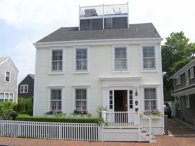 단독 가정 주택 for sales at Orange Street Gem 66 Orange Street  Nantucket, 매사추세츠 02554 미국