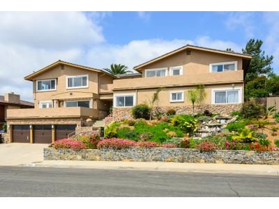 Maison unifamiliale for sales at 5851 Ridgemoor Drive   San Diego, Californie 92120 États-Unis