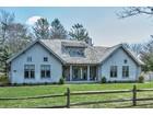 Casa para uma família for sales at Remsenburg Retreat 42 Halsey Road Remsenburg, Nova York 11960 Estados Unidos