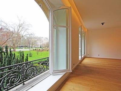 Apartamento for sales at Splendid apartment - Foch avenue Foch  Paris, Paris 75116 Francia