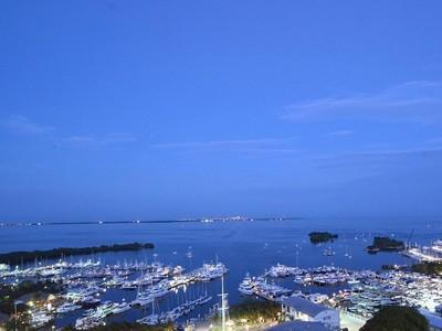 Condominium for sales at 2627 Bayshore Dr #2104 2627 Bayshore Dr. #2104   Miami, Florida 33133 United States