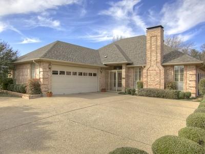 獨棟家庭住宅 for sales at 6968 Allen Place Drive  Fort Worth, 德克薩斯州 76116 美國
