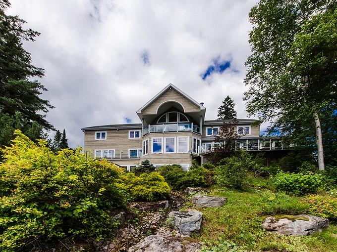 獨棟家庭住宅 for sales at Sainte-Agathe-des-Monts 3702 Ch. de Val-des-Lacs Sainte-Agathe-Des-Monts, 魁北克省 J0T1V0 加拿大