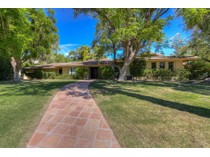 Casa Unifamiliar for sales at Recently Remodeled Ranch Home on Quiet Charming Street in the Heart of Arcadia 4726 E Mariposa Street   Phoenix, Arizona 85018 Estados Unidos