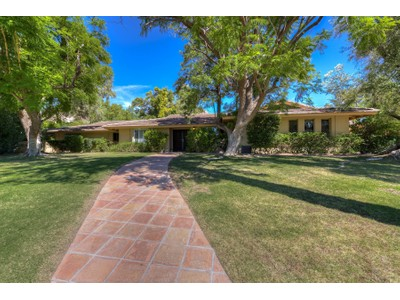 Casa para uma família for sales at Recently Remodeled Ranch Home on Quiet Charming Street in the Heart of Arcadia 4726 E Mariposa Street  Phoenix, Arizona 85018 Estados Unidos
