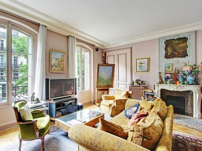 Apartamento for sales at Apartment - Wagram  Paris, Paris 75017 Francia