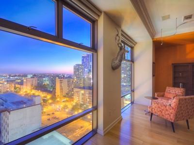 Condominium for sales at 801 S Grand Ave #1212  Los Angeles, California 90017 United States