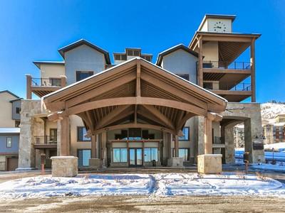 Condominium for sales at Great Silverado Condo with Deck and Views 2653 Canyons Resort Dr #127 Park City, Utah 84098 United States