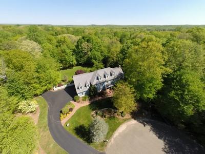 Casa Unifamiliar for sales at 5 Timber Lane  Guilford, Connecticut 06437 Estados Unidos