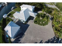 Vivienda unifamiliar for sales at Final Approach  Treasure Cay, Abaco 00000 Bahamas
